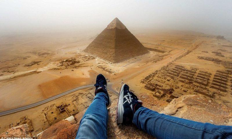 Heops piramidasından görüntü - buraya çıxanlar 3 il azadlıqdan məhrum oluna bilər.