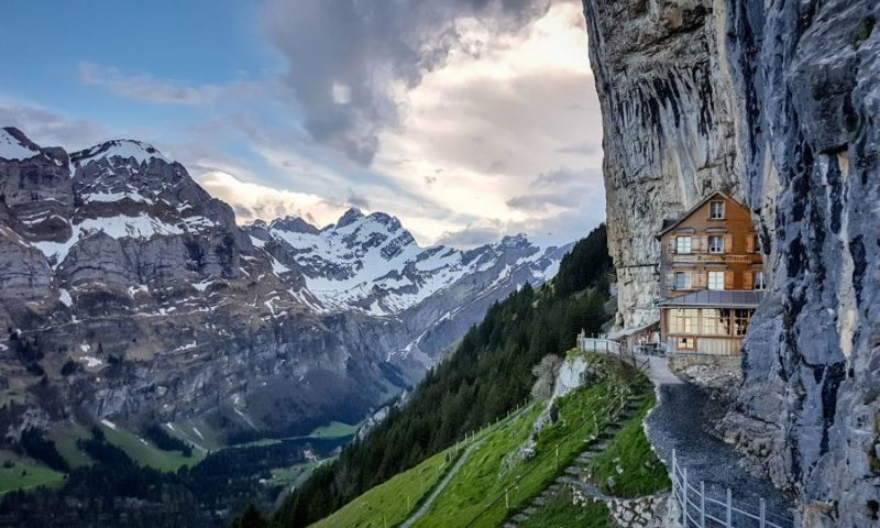 Hotel Ascher Cliff - Isvecrə