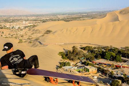 Huacachina oazisi - sandboarding - Peru