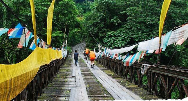 Mutuo - körpü - Çinin Tibet dağları