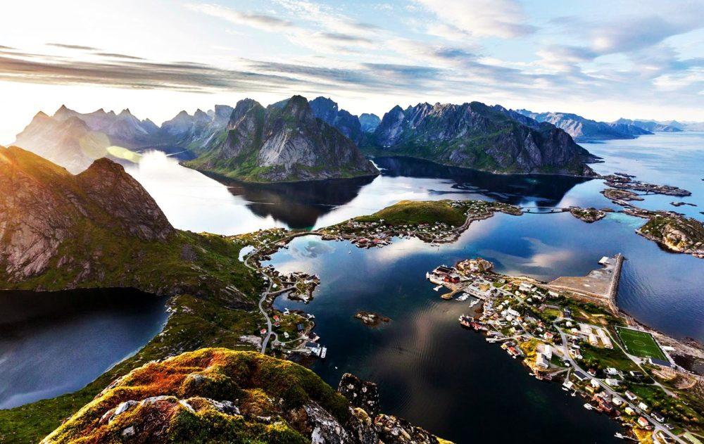 Reine - yuxardan görüntü - Norveç
