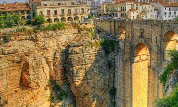 Ronda-Ispaniya şəhərdən görüntü