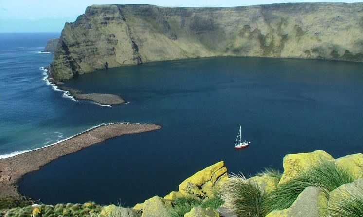 Tristan da Cunha mənzərəsi