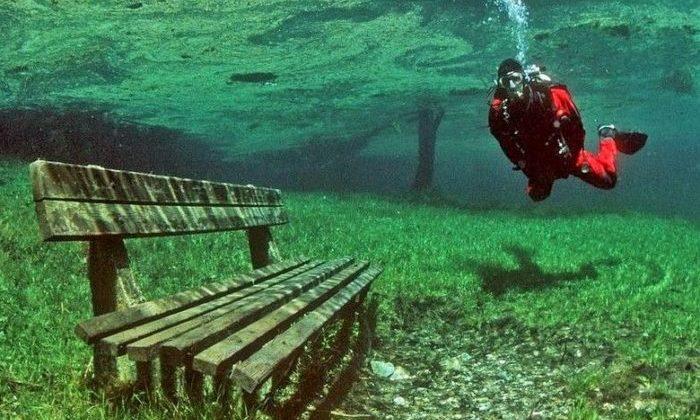 Tragoess Yaşıl göl-Avstriya