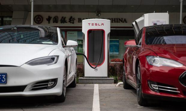 Tesla şirkəti-batareya