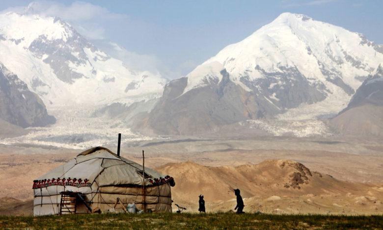 Pamir dağından bir görüntü