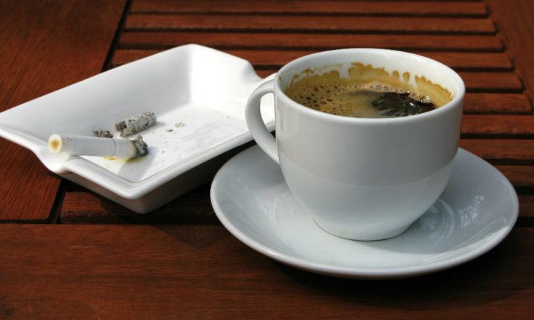kofe və siqaret