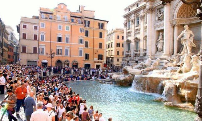 Roma-trevi-bulağı