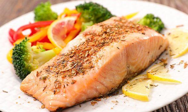 miqren və somon balığı