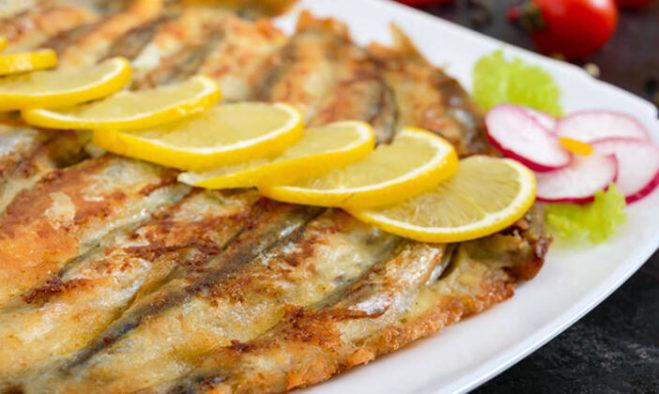 balıq və limon